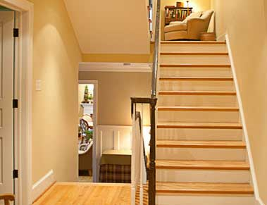 Dunn-Right Contracting - woodframe stairscase